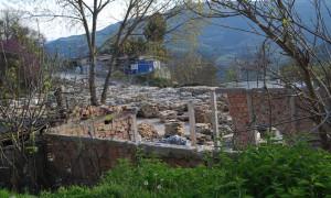Pikë e përpunimit të pllakave të gurit,  Poliçan. Foto: Lindita Çela/BIRN.