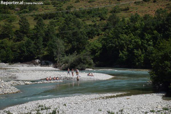 Rrjedha e lumit të Valbonës. 25 qershor 2016. Foto: Ivana Dervishi/BIRN