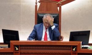 Kreu i parlamentit Ilir Meta | Foto nga : LSA