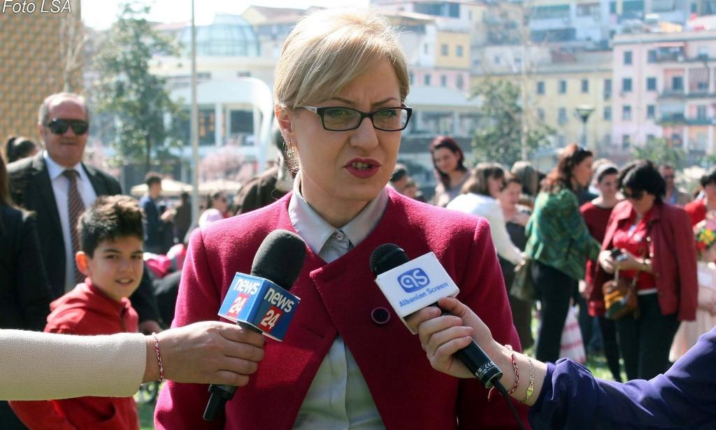 Ministrja e Arsimit Lindita Nikolla